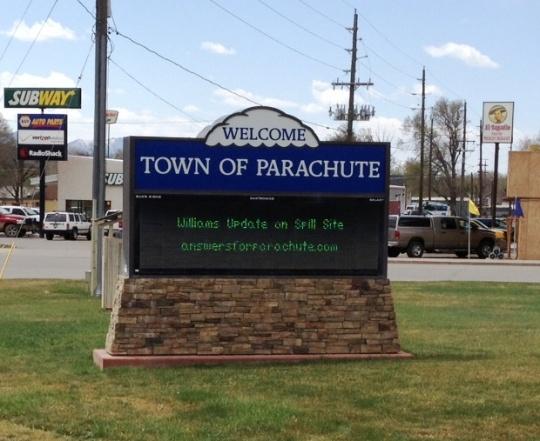 Parachute sign