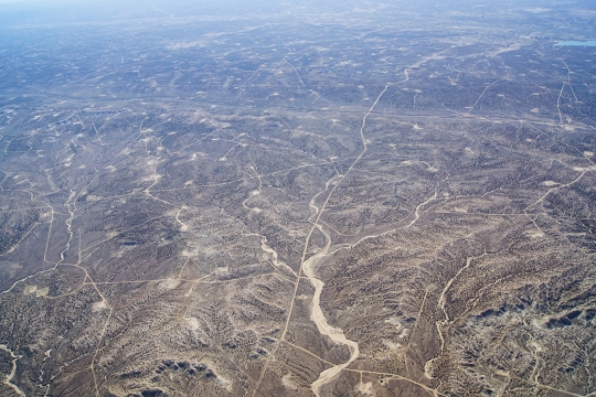Aztec gas field -- Farmington, NM [photo courtesy Ecoflight]