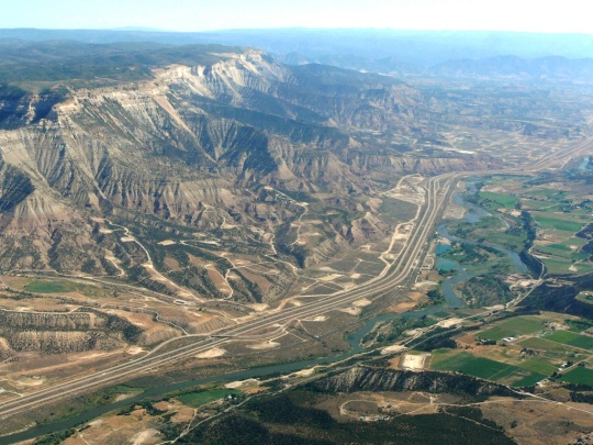 Roan Plateau and I-70 corridor – Garfield County, Colorado [photo courtesy Ecoflight]