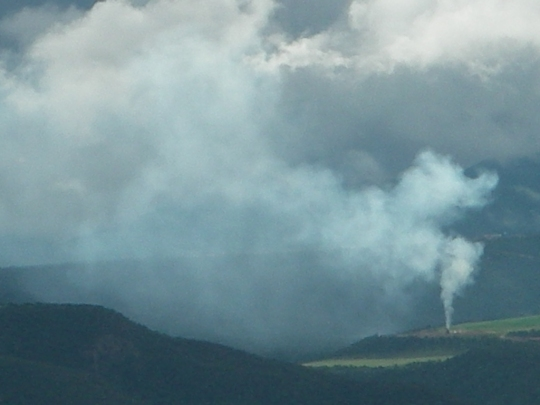 Photo of burning of drilling/fracking byproducts south of Silt – chemical cloud headed towards Glenwood Springs.