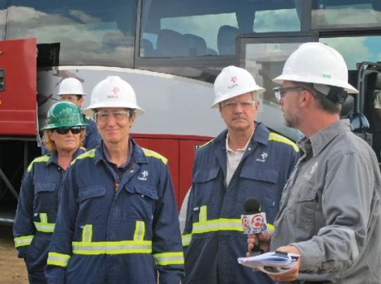 "When Interior Secretary Sally Jewell toured the Sidewinder oil rig near Williston, ND, in August 2013, she declared: ""This is ground zero for an 'all-of-the-above' energy strategy. We can learn from what states do. North Dakota is very sophisticated, where others are not.""  [L to R: Sen. Heidi Heitkamp (D-ND), Interior Secretary Sally Jewell, Sen. John Hoeven (R-ND), and Russ Rankin, Norwegian owned Statoil's Bakken manager]"