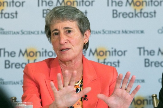Interior Secretary Sally Jewell speaks to reporters during a Monitor-hosted breakfast on Tuesday, September 15, 2015 in Washington, DC. [Michael Bonfigli/The Christian Science Monitor]