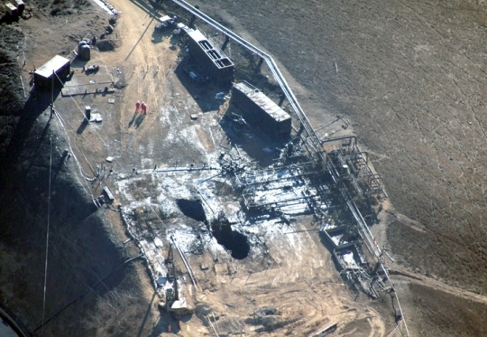 The first direct overhead photo of the leaking Aliso Canyon well pad since the leak began. Photo credit: Earthworks / Pete Dronkers